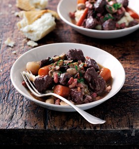 Beef Bourguignon slow cooker recipe