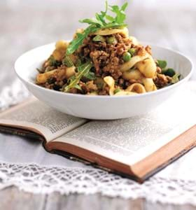 Keema Pasta  with Caramelised Onion