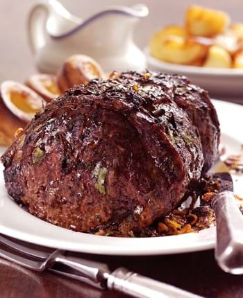 Roast Beef with Juniper Gravy