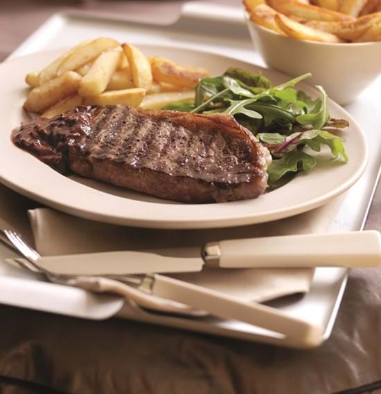 Steak and Chips with Tangy Sauce